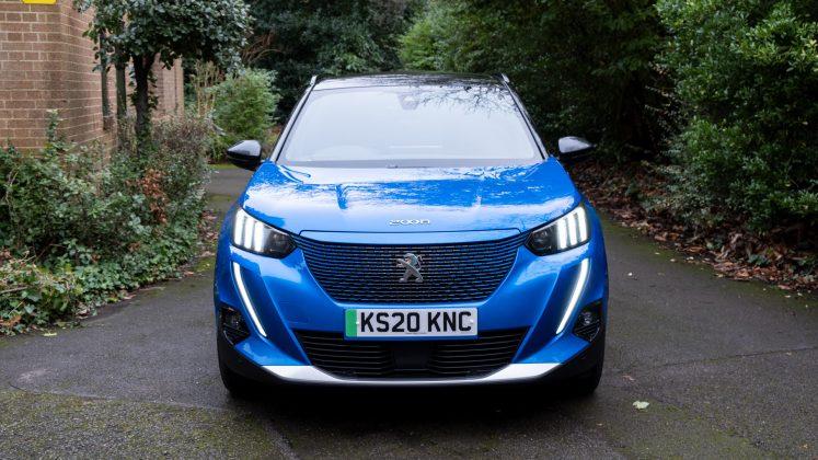 Peugeot e-2008 front