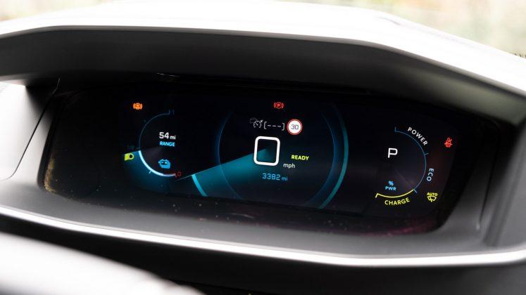 Peugeot e-2008 instrument cluster