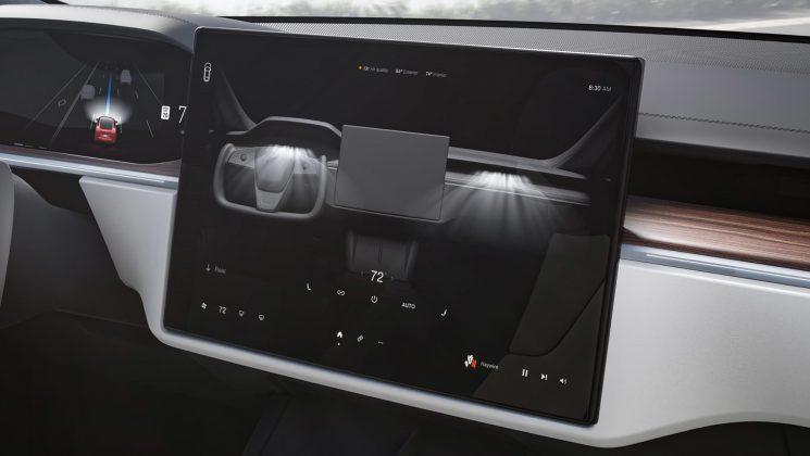 Tesla Model S interior display