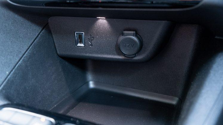 Vauxhall Corsa-e USB