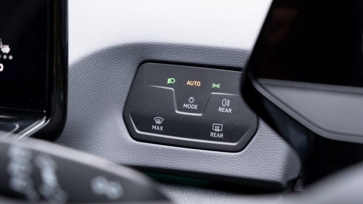 Volkswagen ID.3 headlight buttons