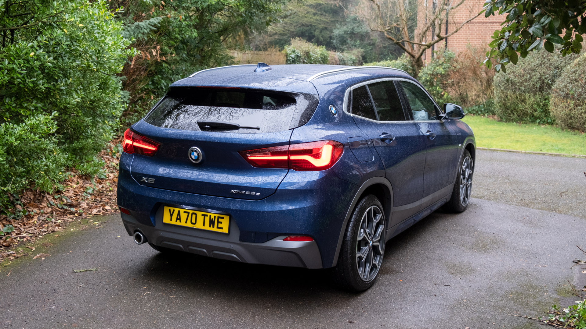 BMW X2 xDrive25e rear design