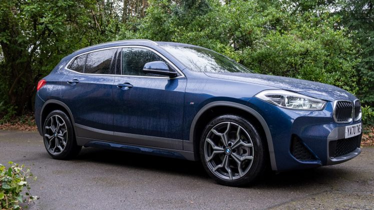 BMW X2 xDrive25e side