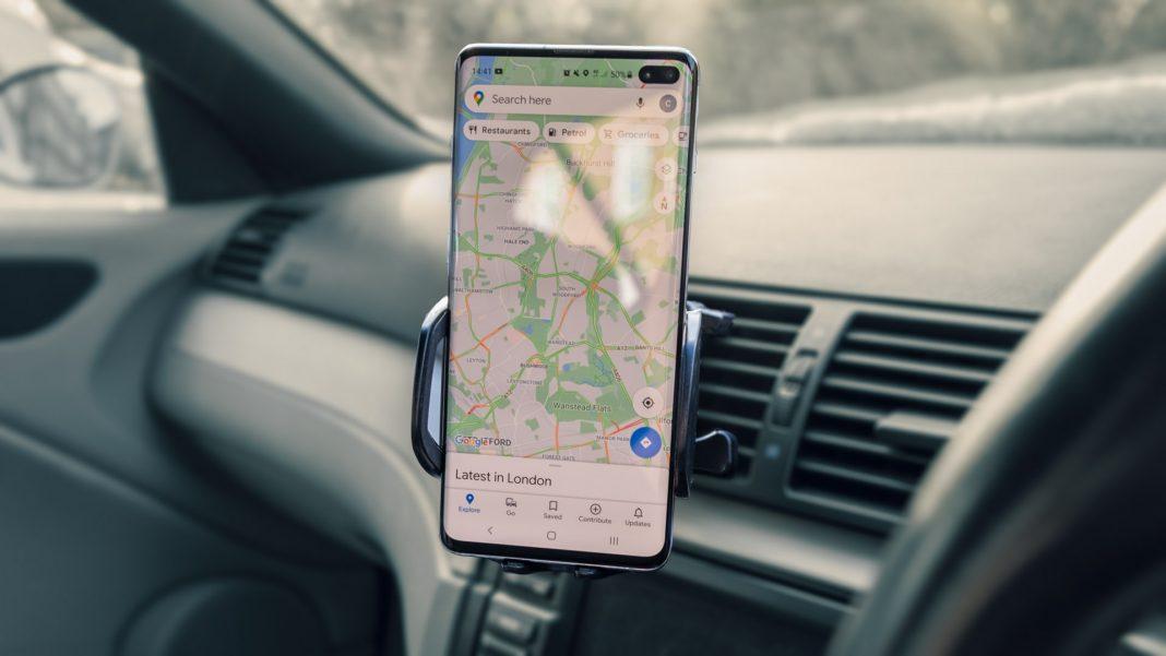 Best car phone holders TotallyEV