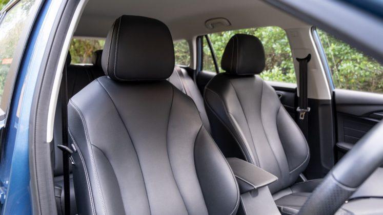 MG5 EV front seats