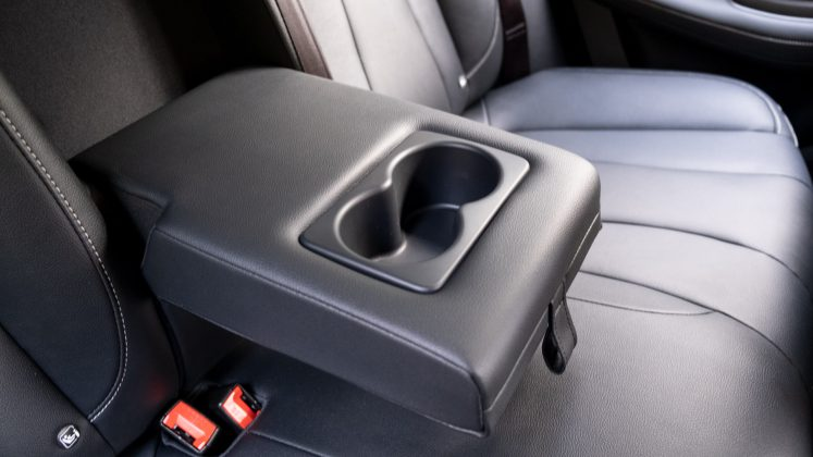 MG5 EV rear compartment seat