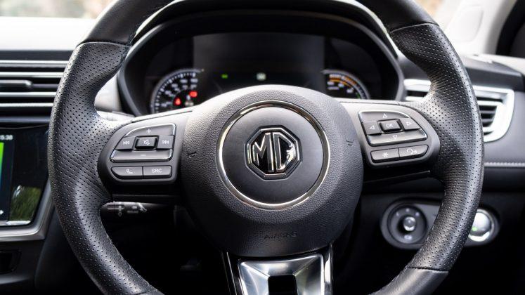 MG5 EV steering wheel