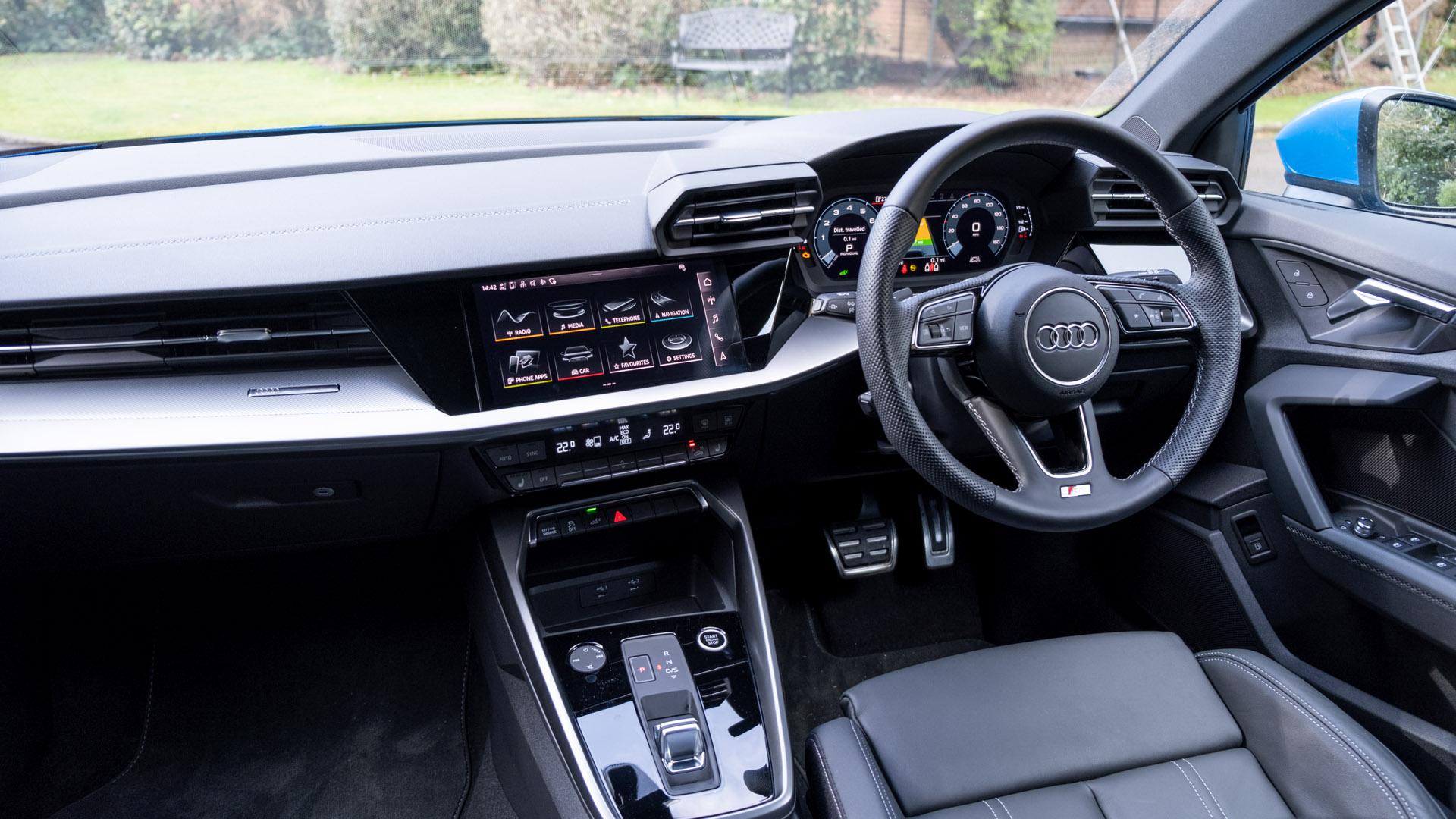 Audi A3 TFSI e cabin look