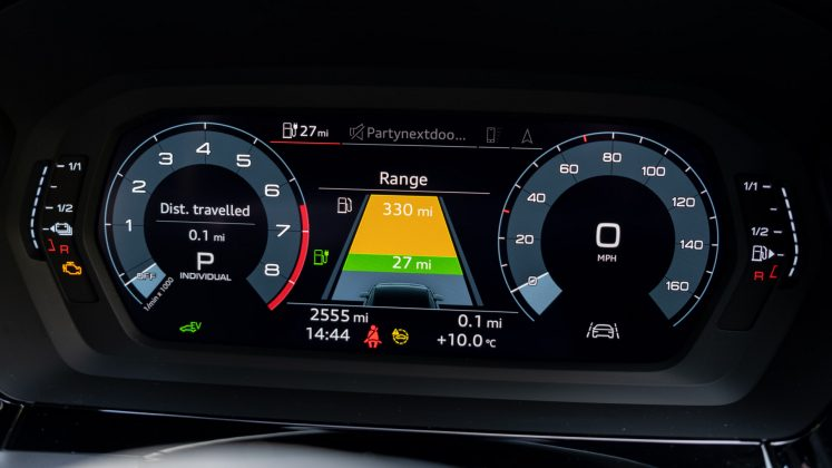 Audi A3 TFSI e instrument cluster