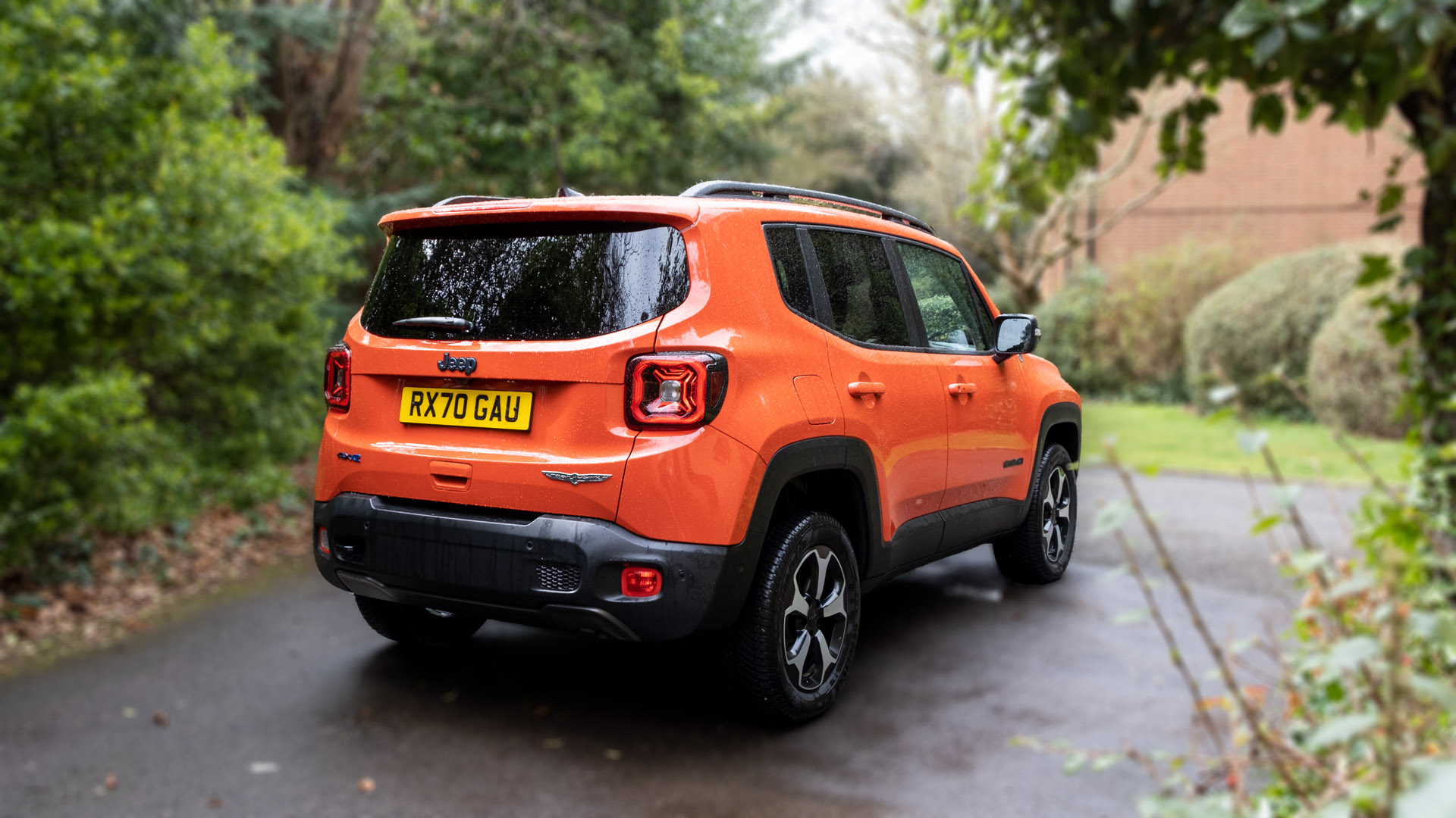 Jeep Renegade 4xe audio review