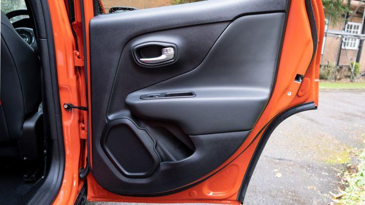 Jeep Renegade 4xe rear door