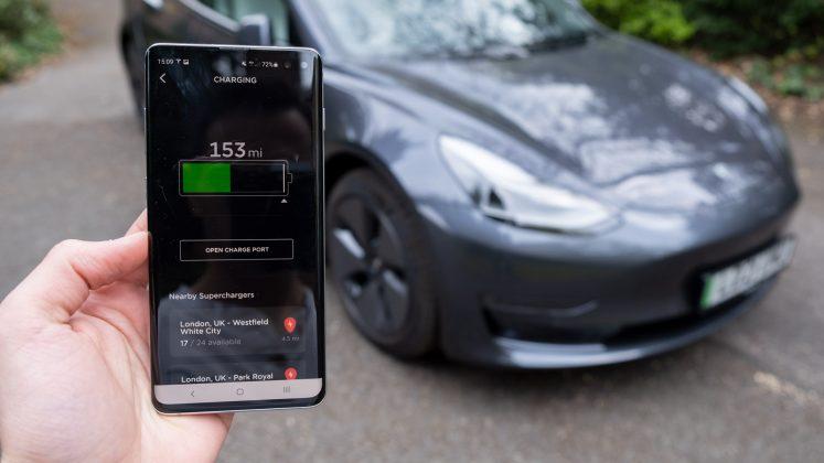 Tesla Model 3 app battery