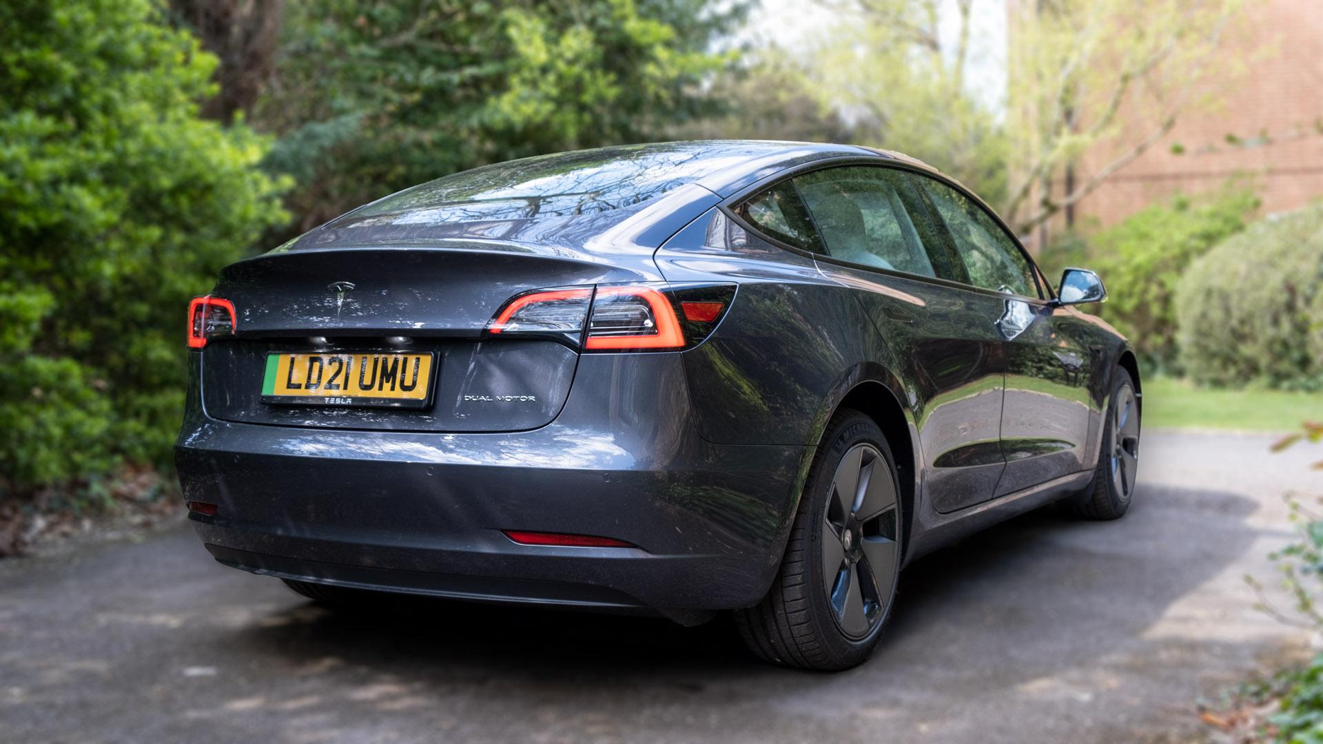 Tesla Model 3 audio review