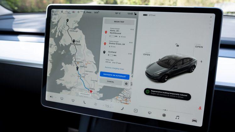 Tesla Model 3 map routing