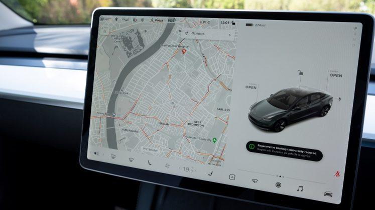 Tesla Model 3 maps