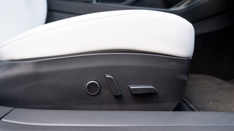 Tesla Model 3 seat adjustment