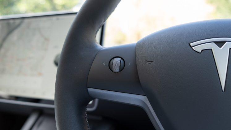 Tesla Model 3 steering button