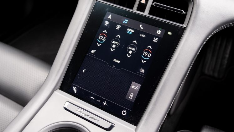 Porsche Taycan Turbo climate controls