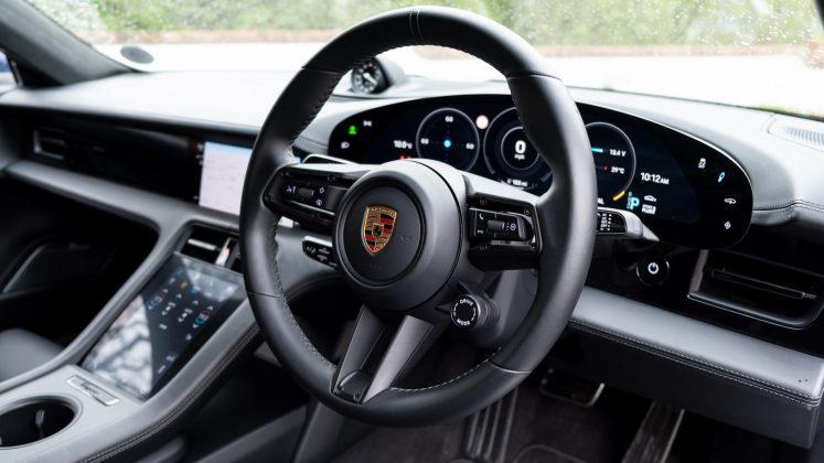 Porsche Taycan Turbo front cabin