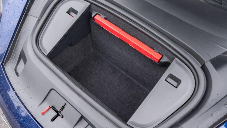 Porsche Taycan Turbo front storage