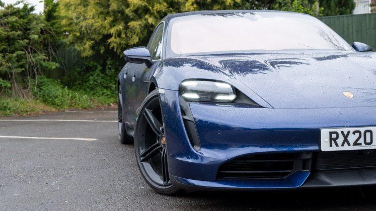 Porsche Taycan Turbo handling