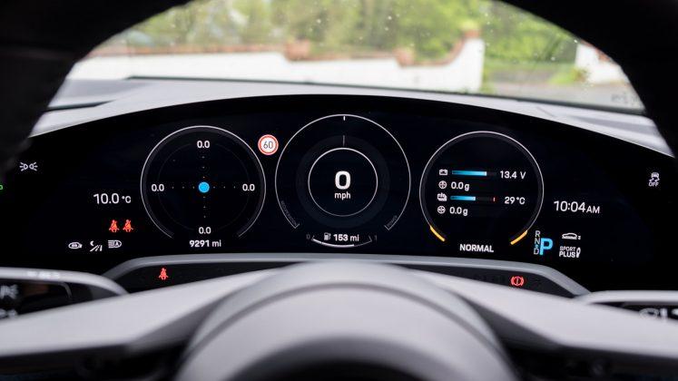 Porsche Taycan Turbo instrument cluster