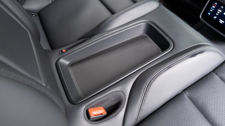 Porsche Taycan Turbo rear tray