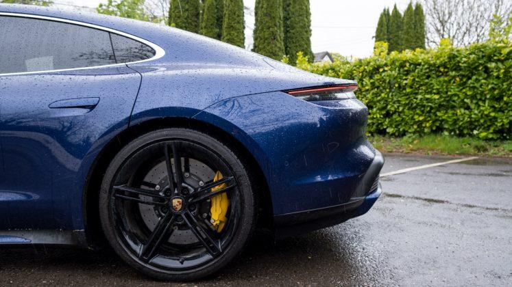 Porsche Taycan Turbo rear wheel