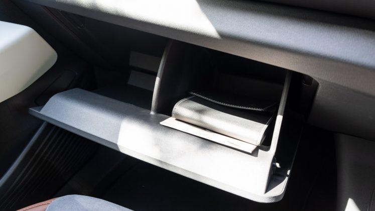 Volkswagen ID.4 glove compartment