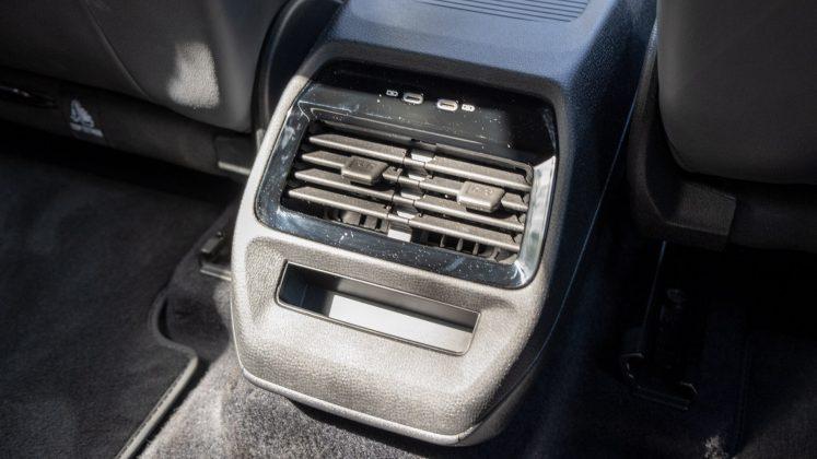 Volkswagen ID.4 rear USB ports