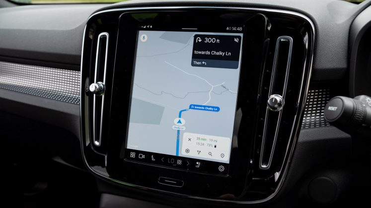 Volvo XC40 Recharge Twin Android