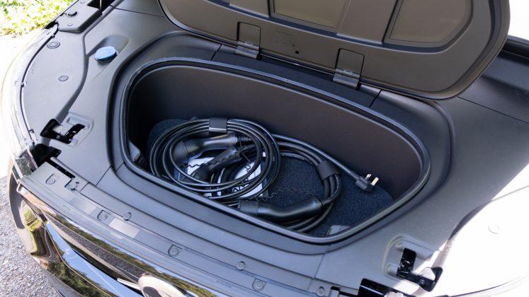 Volvo XC40 Recharge Twin frunk
