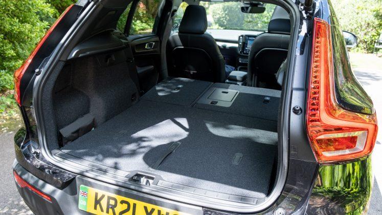 Volvo XC40 Recharge Twin seat down capacity