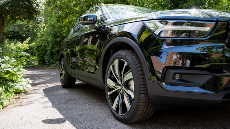 Volvo XC40 Recharge Twin wheel arches