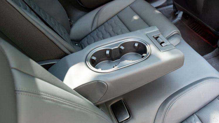Audi e-tron GT armrest