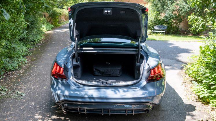 Audi e-tron GT boot