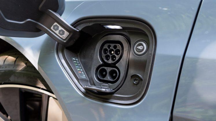 Audi e-tron GT charging port