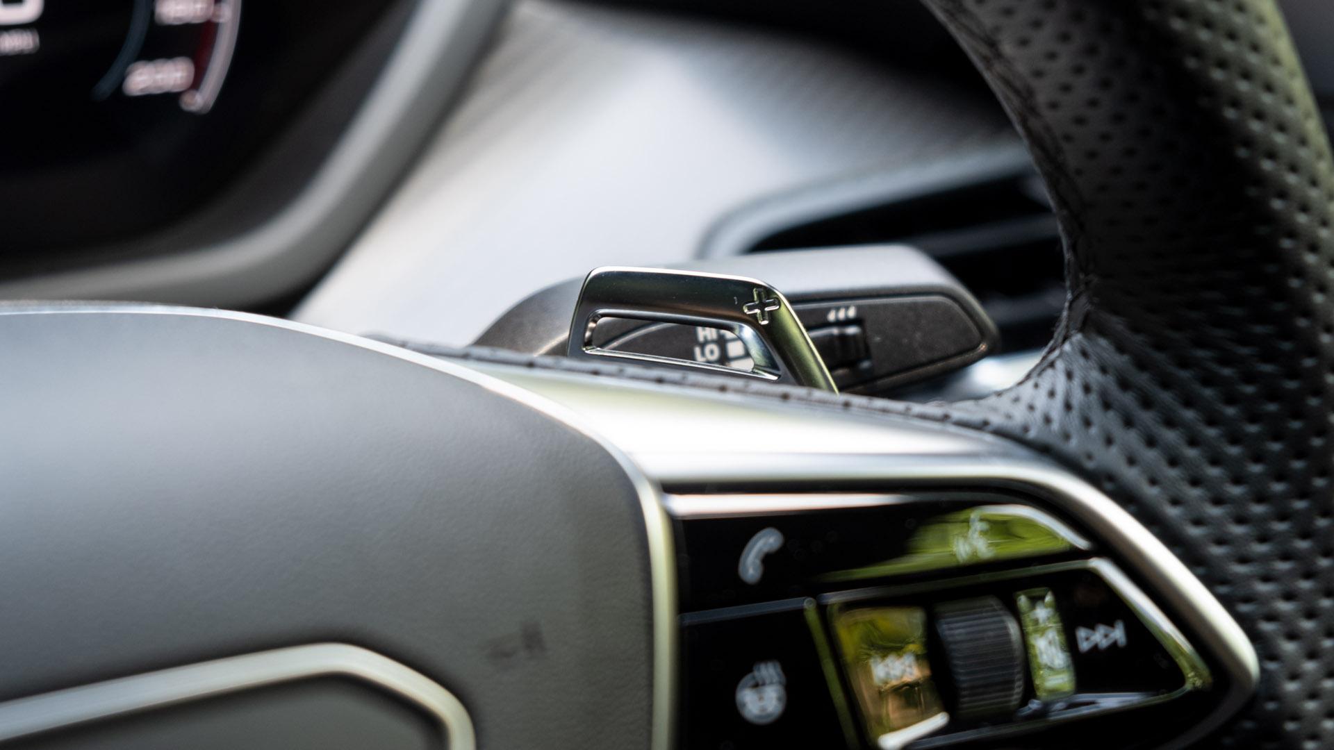 Audi e-tron GT flappy paddles
