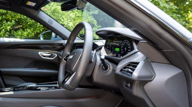 Audi e-tron GT front cabin