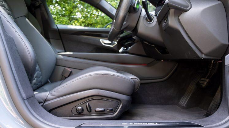 Audi e-tron GT front seat