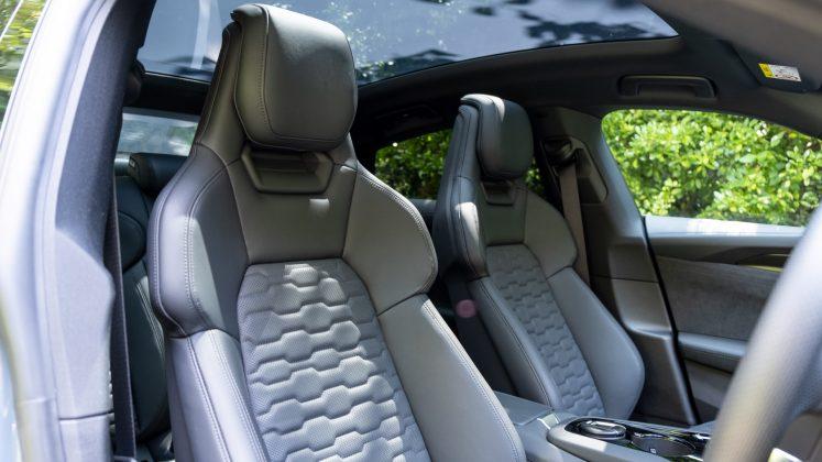 Audi e-tron GT front seats