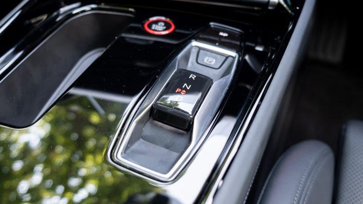 Audi e-tron GT gear selector