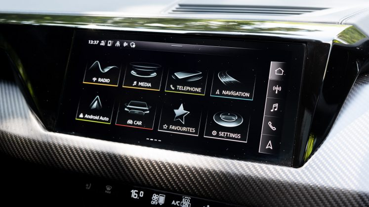 Audi e-tron GT infotainment