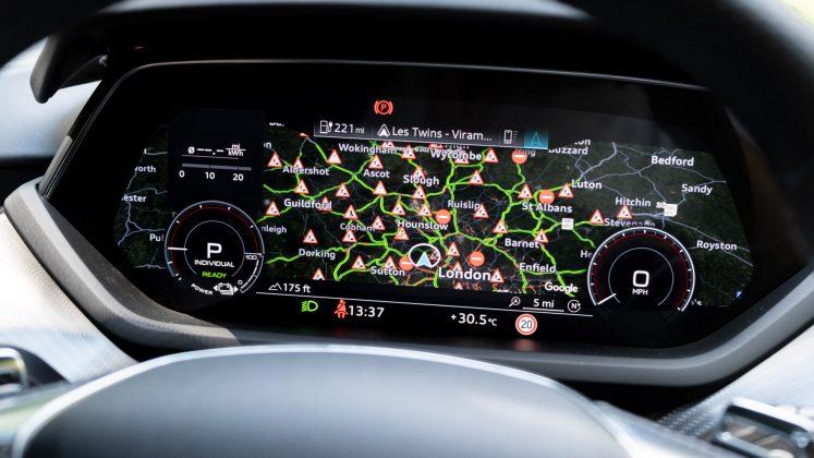 Audi e-tron GT instrument cluster maps