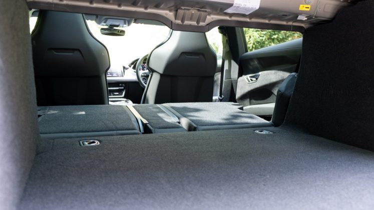 Audi e-tron GT seats down