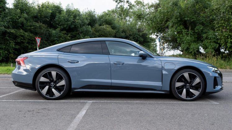 Audi e-tron GT size