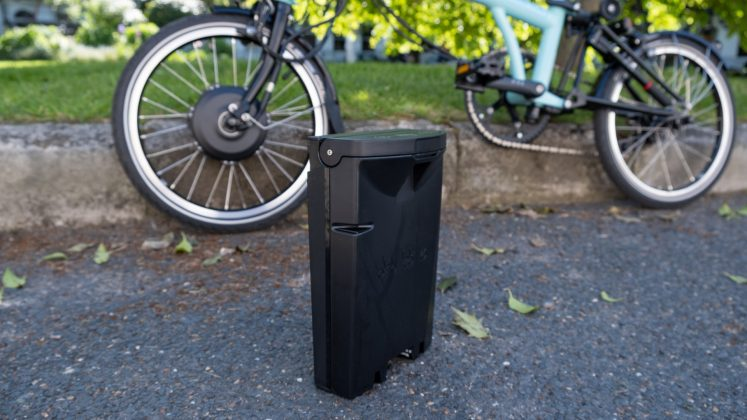 Brompton Electric battery size