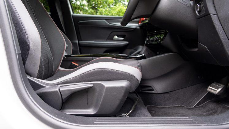 Vauxhall Mokka-e front seat