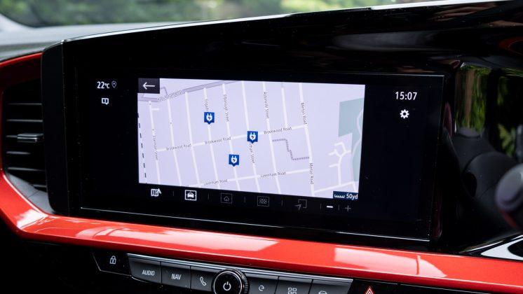 Vauxhall Mokka-e maps