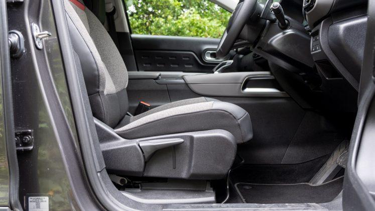 Citroen C5 Aircross Hybrid front seat comfort